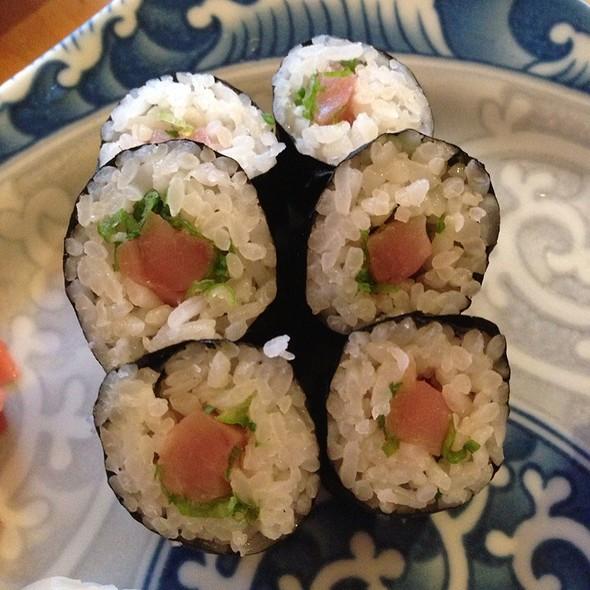 Kanpai Japanese Restaurant Arlington Va