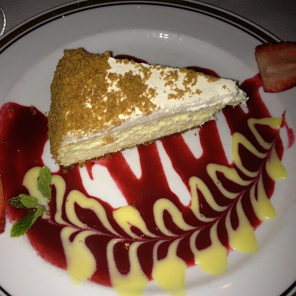 Cheese cake - Arroyo Chop House, Pasadena, CA