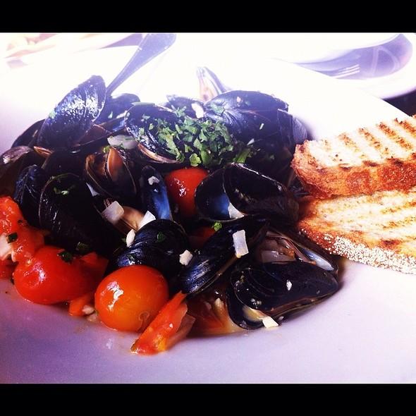 Mussels - Trattoria Lisina, Driftwood, TX