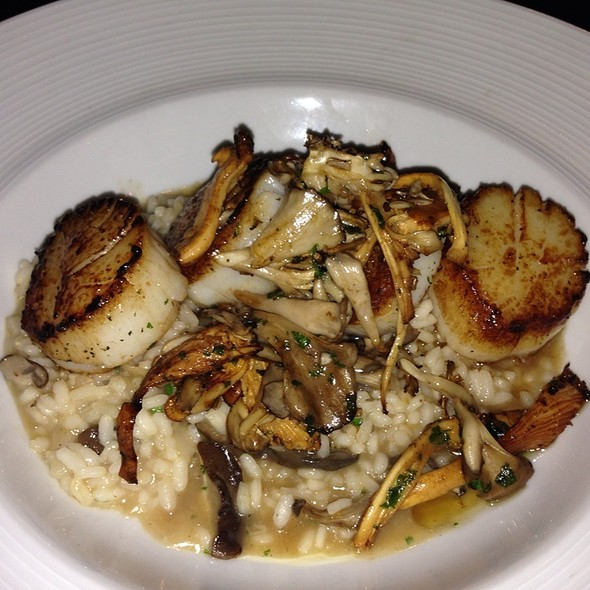 Pan Seared Scallops  - MoonShine - Modern Supper Club, Millburn, NJ