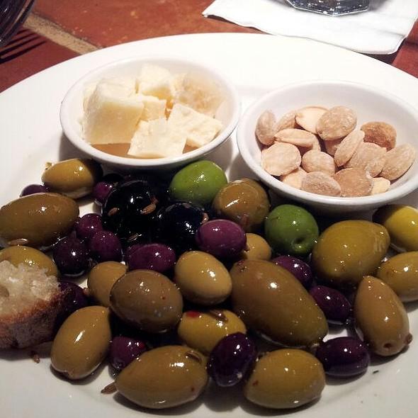 Olive Plate  - Piatti - Denver, Denver, CO