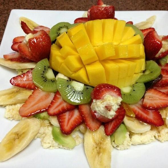 Fresh Fruit - BOE Restaurant & Bar, Washington, DC