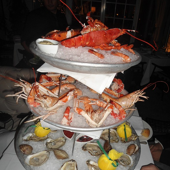 Raw Bar - Villa Azur, Miami Beach, FL