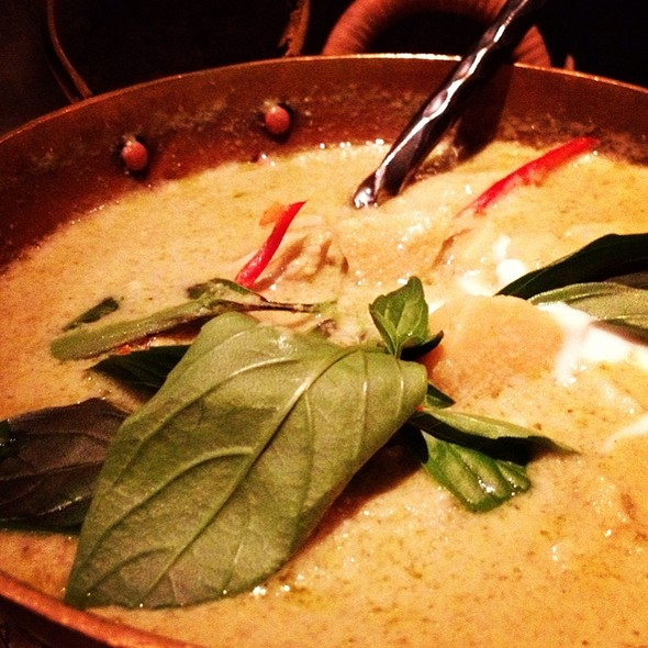 Chicken Green Curry - Patara - Oxford Circus, London