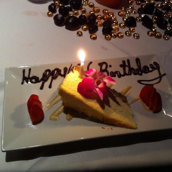 Buttermilk Cheesecake - Napa Cafe, Memphis, TN