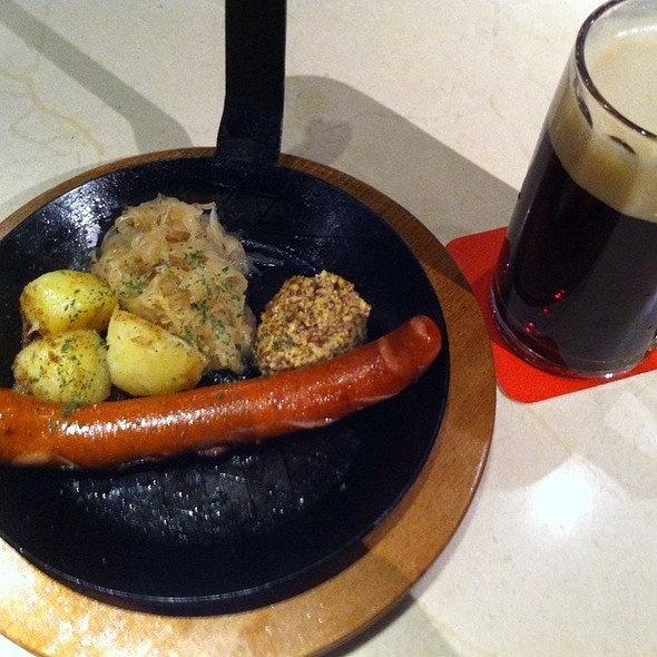Grilled Brown Sausage - フランツクラブ新丸ビル, 千代田区, 東京都