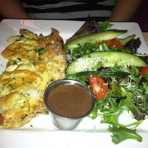 Three Cheese Omelet With Side Salad - Donna's - Cross Keys, Baltimore, MD