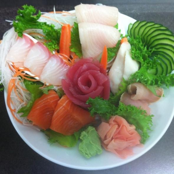Sashimi Dinner - Hiro 88 - Old Market, Omaha, NE
