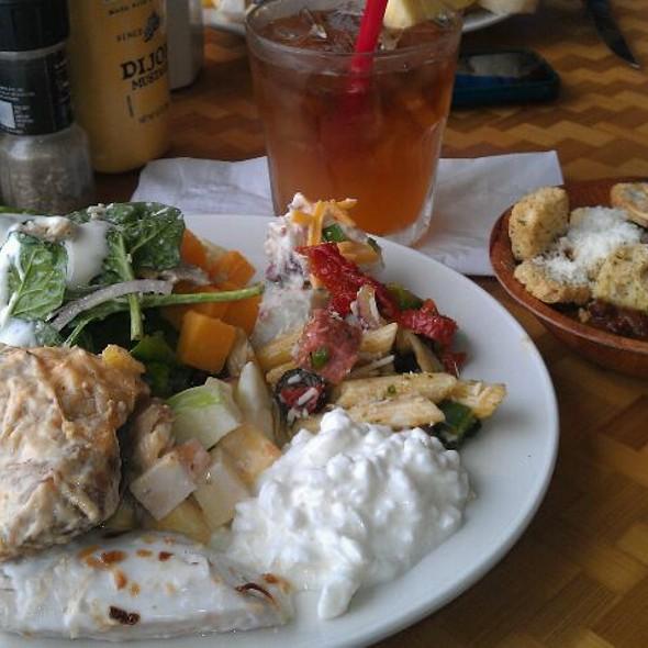 Lunch Buffet! - Shore Bird Restaurant & Beach Bar, Honolulu, HI