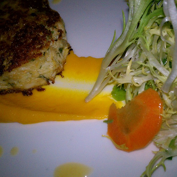 crab cake - Artisan, Southport, CT