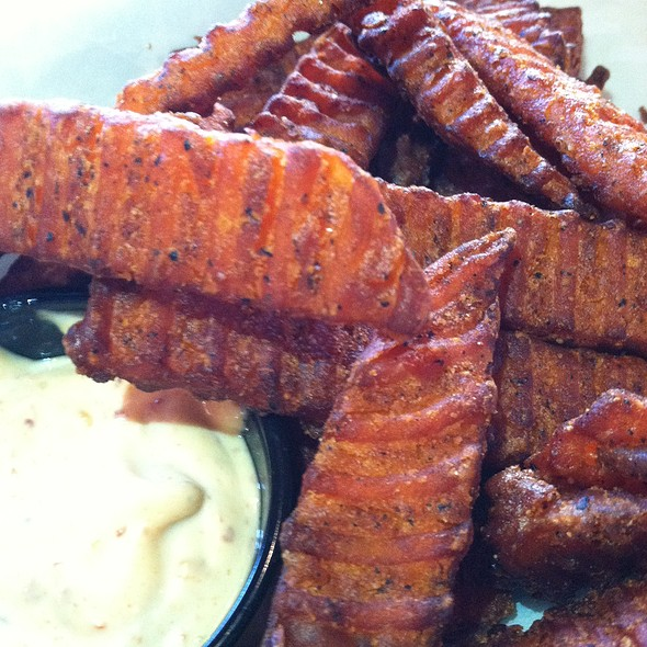 Sweet Potato Fries w/ Aiolo Sauce - Rudolphs Bar-B-Que, Minneapolis, MN