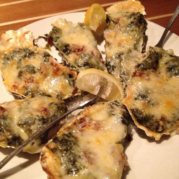 Oysters Rocke - Brigantine Del Mar, Del Mar, CA