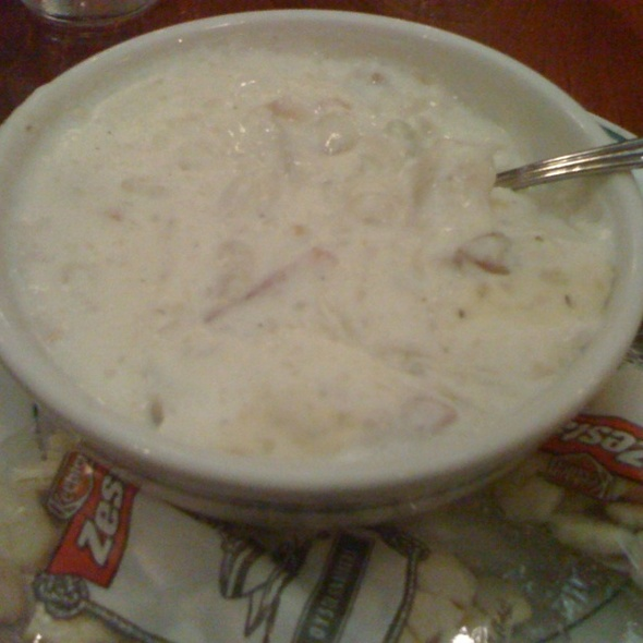 Clam Chowder - Huber's Restaurant, Portland, OR