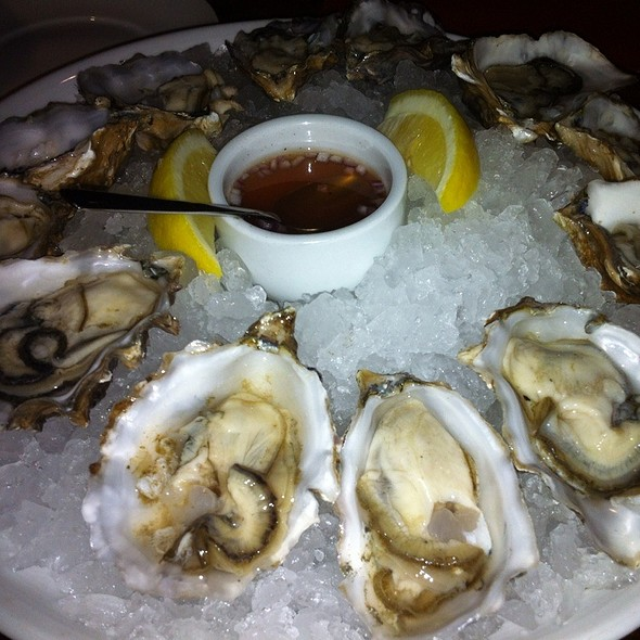 Lots Of Oysters - RN74 - Seattle, Seattle, WA