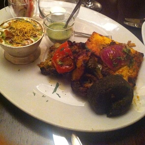 Vegetarian platter - Asha's Restaurant, Birmingham, West Midlands