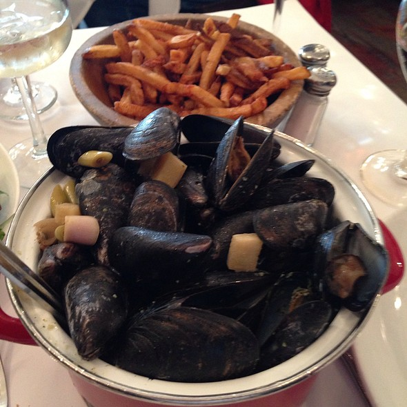 Moules Frites - Jacques Brasserie, New York, NY