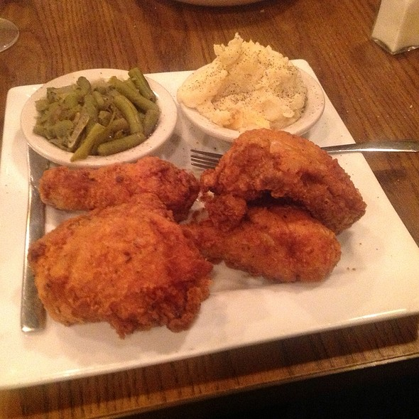 fried chicken - Dish on Market, Louisville, KY