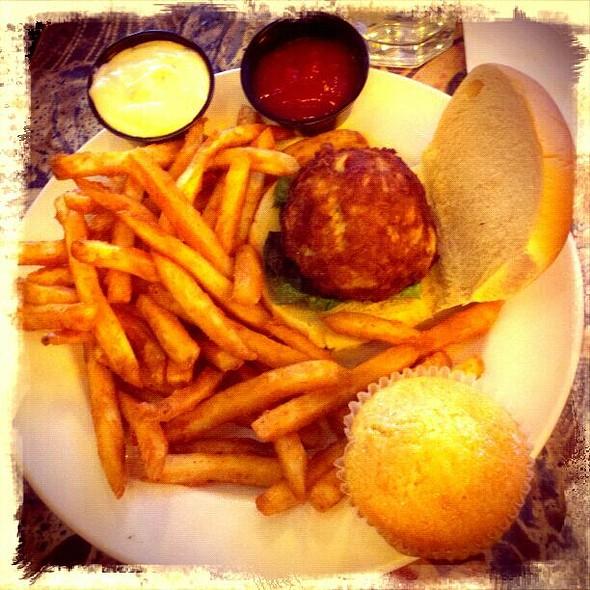 Carolina Kitchen Bar & Grill Menu