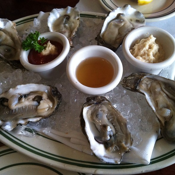 Goose Point Oysters - Jake's Famous Crawfish, Portland, OR