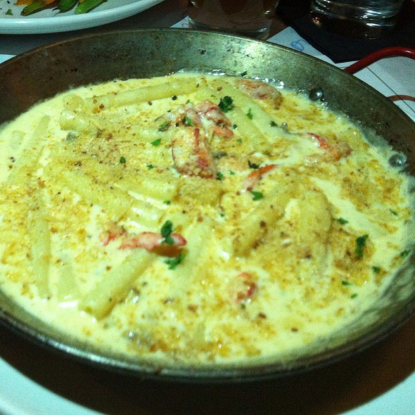 Lobster Macaroni and Cheese - Brix Tavern, Portland, OR