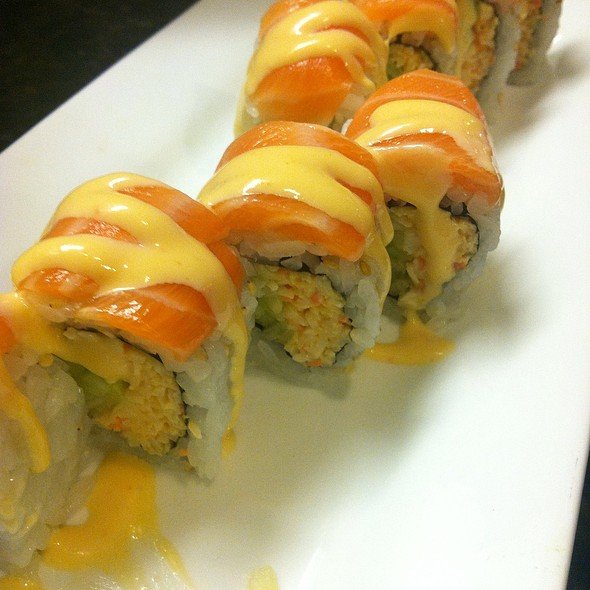 Fire Dragon Roll - The Sit Down Cafe & Sushi Bar, Chicago, IL