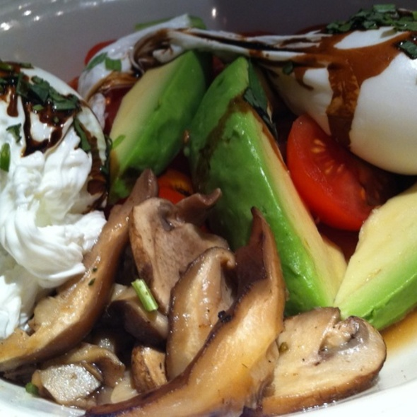 Canyonland Poached Eggs with balsamic jus, fresh tarragon, tomatoes, avocado and wild mushrooms, and toasted english muffin     - Elephant & Castle - New York, New York, NY