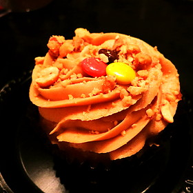 Peanut butter and jelly cupcake - Hill Country Barbecue Market – Flatiron, New York, NY