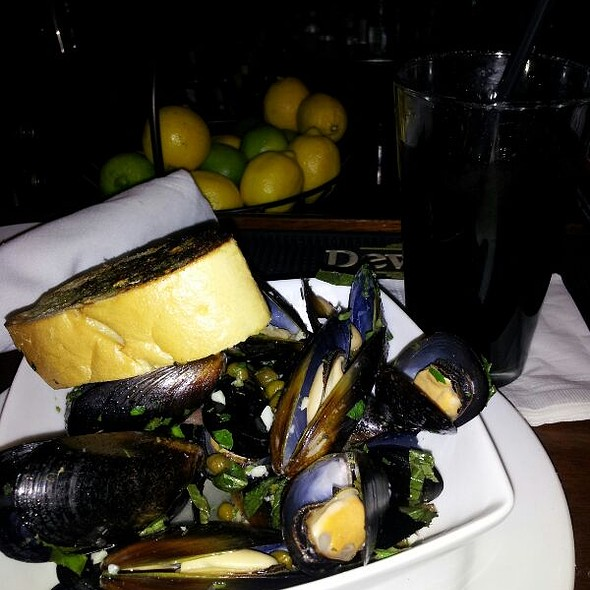 Mussels in White Wine Sauce - Cafe Soleil, Washington, DC