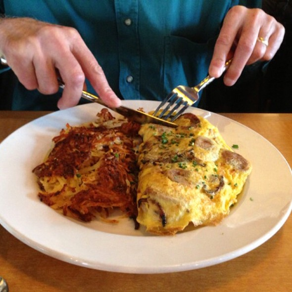 Sausageamd Mushroom Omlete With Hash Browns - Shells and Sauce, Denver, CO