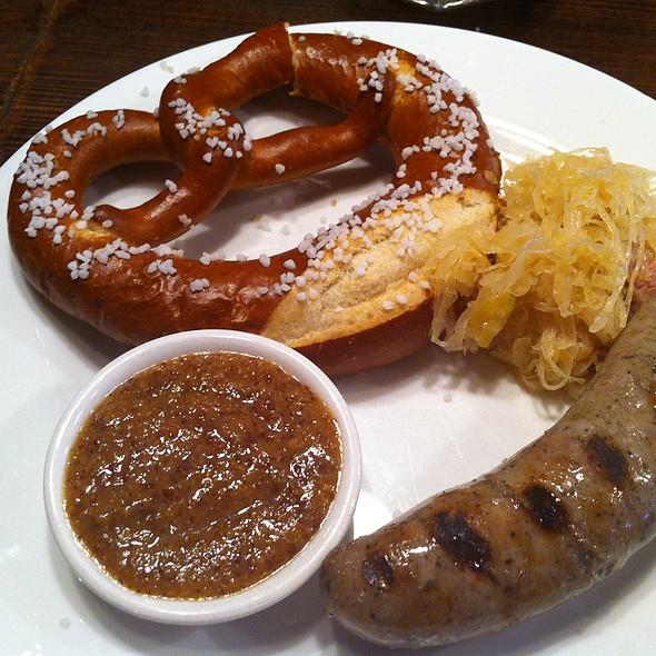 Bavarian Sausage and Pretzel Plate  - Doma na rohu, New York, NY