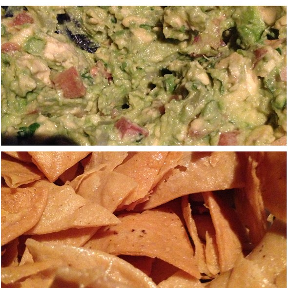 Chips and Guacamole - Los Pollitos III, Brooklyn, NY