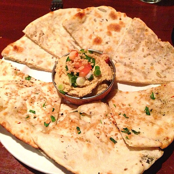 Hummus and naan bread - Little India Restaurant - Belmar, Lakewood, CO