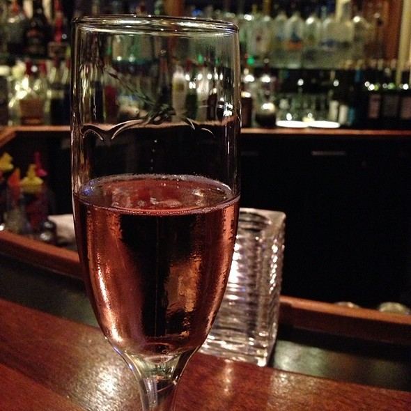 Moet & Chandon Imperial Rose NV Champagne - Top of the Mark, San Francisco, California