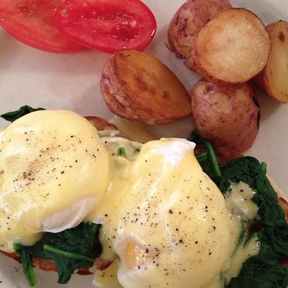 Eggs Florentine - Cornelia Street Cafe, New York, NY