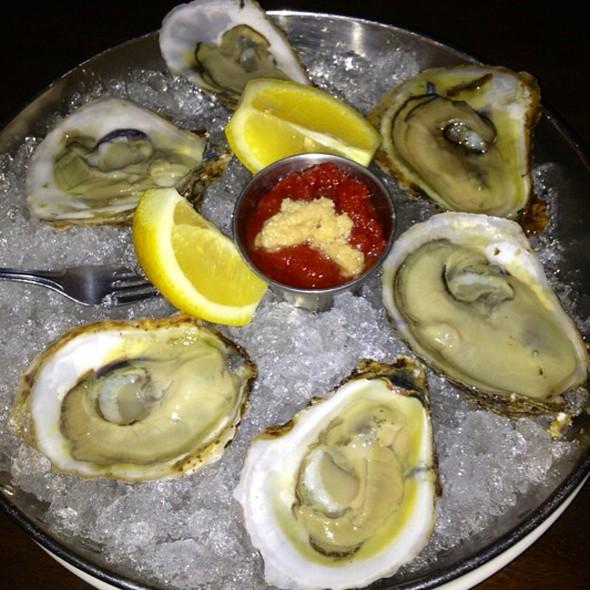 Oysters - Ecco Trattoria & Bar, Weymouth, MA
