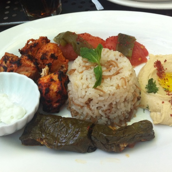Chicken kabob Lunch special - Mantee Cafe, Studio City, CA