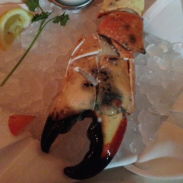 Jumbo Stone Crab Claws - Truluck's Seafood, Steak and Crab - Naples, Naples, FL