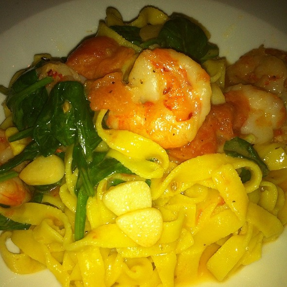 Handmade Linguine With Shrimp & Spinach  - Piccola Trattoria, Canyon Country, CA