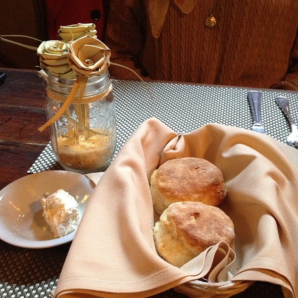 Biscuits - Poogan's Porch Restaurant, Charleston, SC