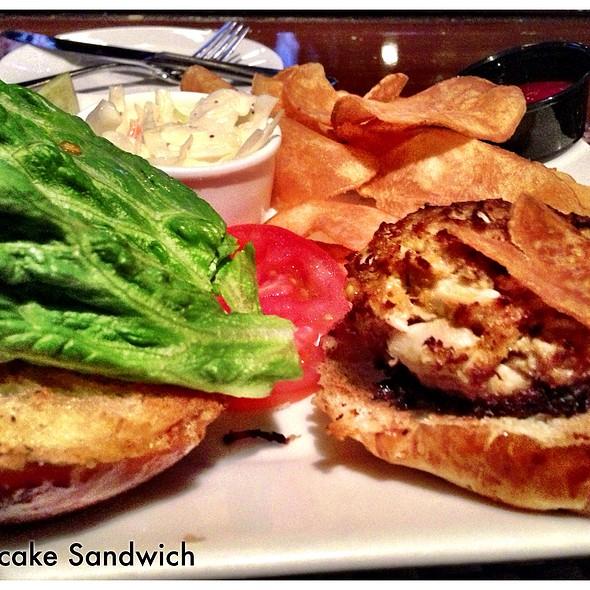 Crab Cake Sandwich - Plumsteadville Inn, Pipersville, PA