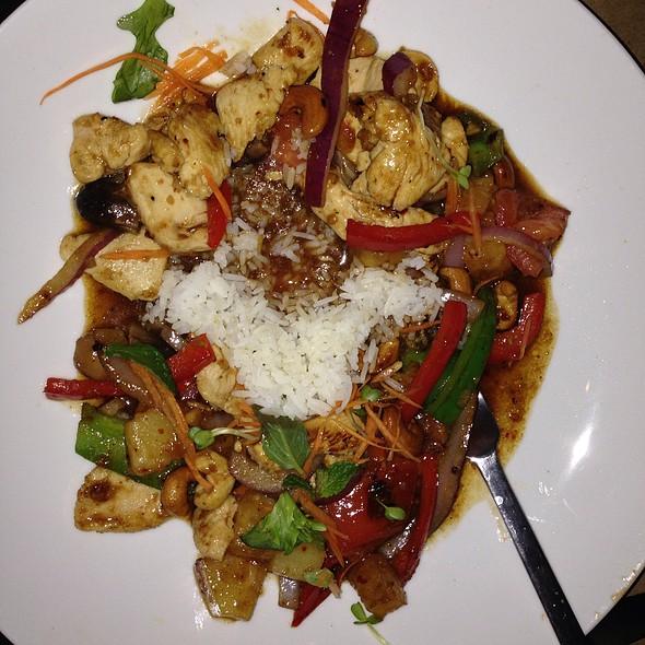 Siam Chicken - Poor Calvin's, Atlanta, GA