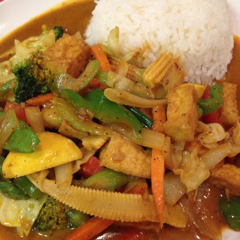 Thai Food On Aloma