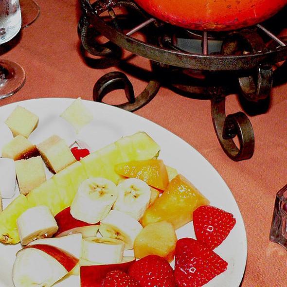 Dessert Fondue Dippers - Geja's Café, Chicago, IL