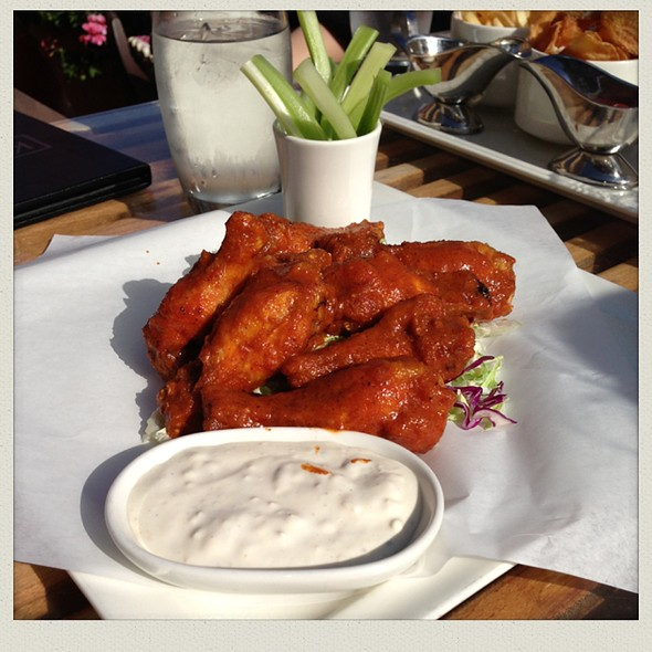 Buffalo Wings - Kincaid's - Redondo, Redondo Beach, CA