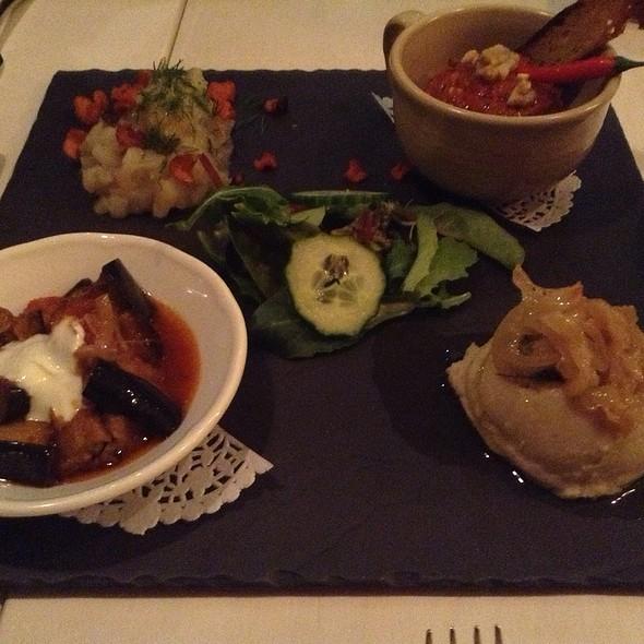 Mezze - Restaurant Su, Verdun, QC