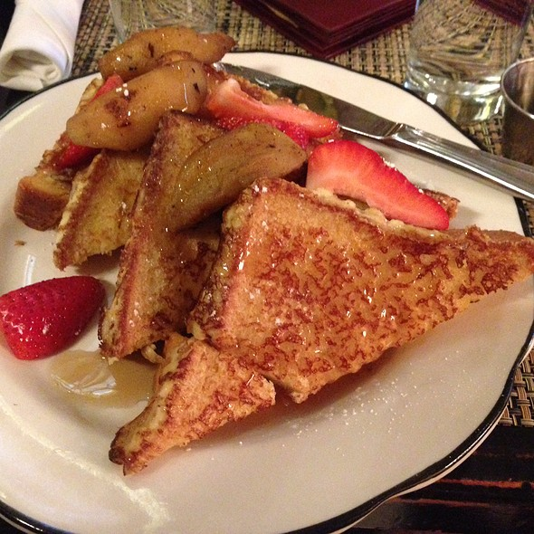 Brioche French Toast With Caramelized Apples And Syrup - Lillie's Times Square, New York, NY