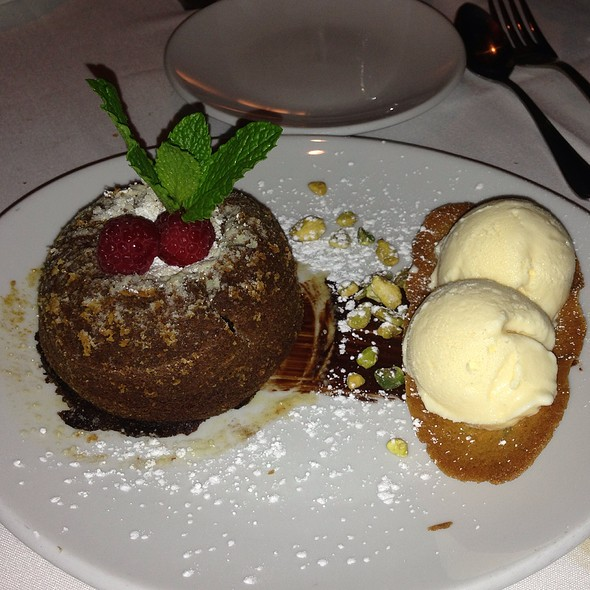 Chocolate Lava Cake - Fleming's Steakhouse - Austin, Austin, TX