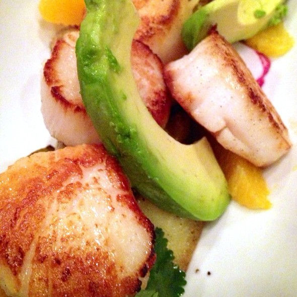 Diver Sea Scallops - Grill 23 & Bar, Boston, MA