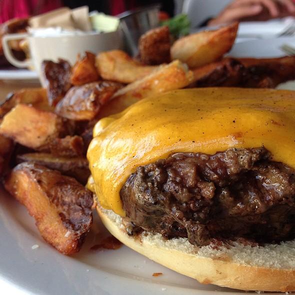 Cheeseburger - Blue Collar, Miami, FL