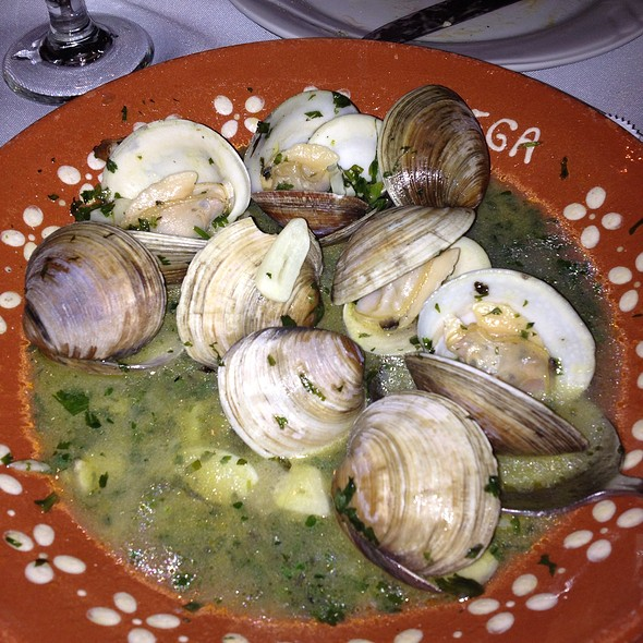 Clams - Adega Grill, Newark, NJ